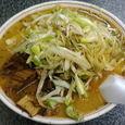 勝龍 角煮みそラーメン(中盛)+ねぎ