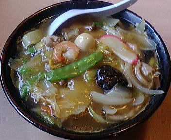 八珍亭 八珍湯麺(五目うま煮そば)