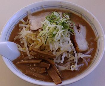 オーモリ新井店 濃厚魚介ラーメン(細麺)