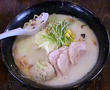 膳新潟円山店 ホワイトらーめん