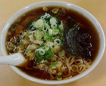 青島西堀 ラーメン(大盛)+ほうれん草50+刻みねぎ50