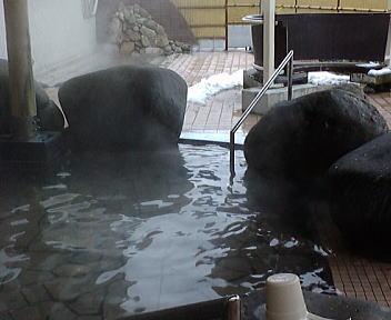 いい湯らてい 露天風呂