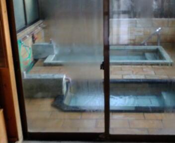 沢渡温泉共同浴場 浴室
