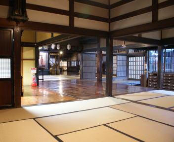 北方文化博物館 室内