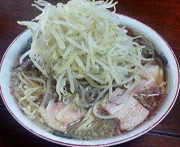 ラーメン二郎武蔵小杉店 豚入(野菜多)