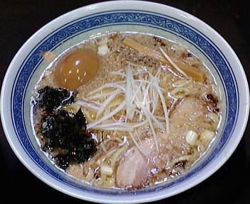豊 背脂拉麺+煮たまご