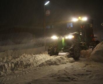 新潟の大雪2010 除雪 グレーダー