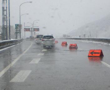 関越自動車道 チェーン規制