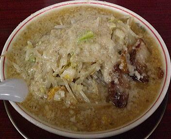 ドカメン 子豚らぁめん(大盛・大脂)