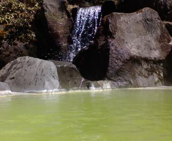 熊の湯ホテル 露天風呂