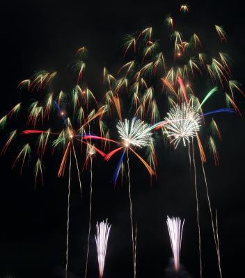 赤川花火記念大会 エキシビジョン 片貝煙火工業「-煌めき-」