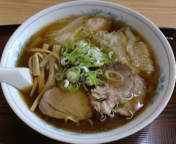 味龍 ワンタン麺