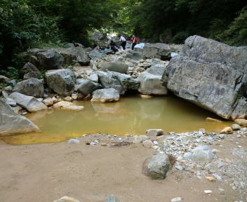 赤湯温泉 川原の湯