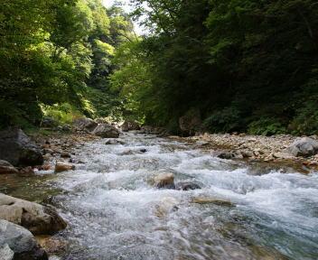 赤湯温泉 清津川