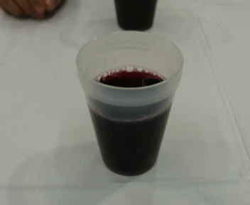 ボジョレー・ヌーヴォー祭 グラス?