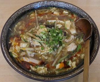 笑美寿亭 酸辣湯麺