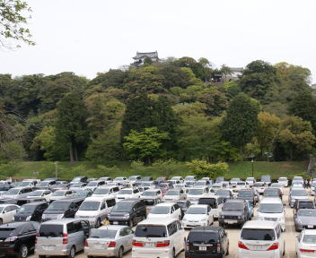 彦根城 駐車場