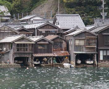 伊根浦伝統的建造物群保存地区