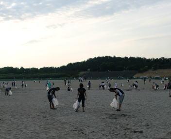 平成23年度 日和山海岸清掃