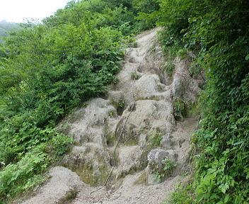 二王子岳 登山コース 油こぼし