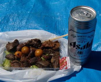 大曲の花火 甲府鳥もつ煮とビール