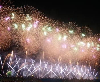 大曲の花火 大会提供花火