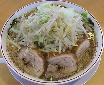 のろし 新発田店 ラーメン(肉三枚)+野菜増し