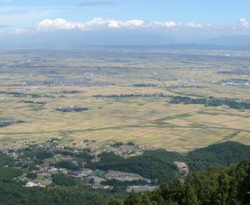弥彦山 山頂 ①