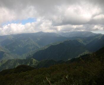 二王子岳 山頂から ①