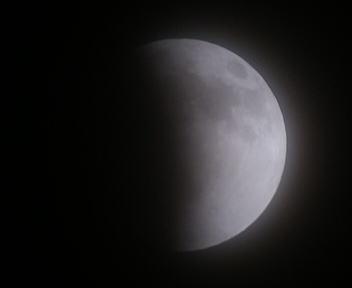 皆既月食 2011/12/10 22:21