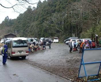 角田山 五ヶ峠コース 駐車場