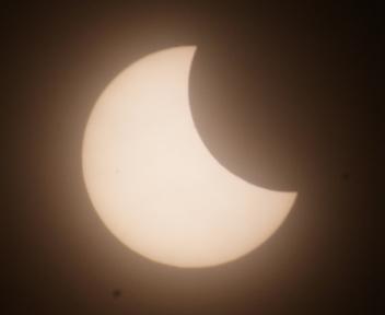 日食0654