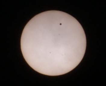 金星の太陽面通過 20120606112059