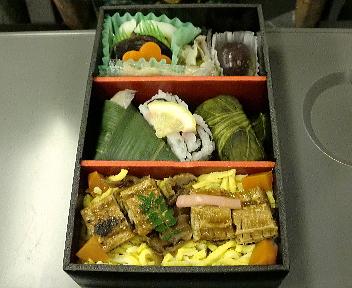 お寿司のお弁当