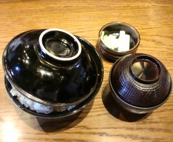 政ちゃん牡丹山店 特製かつ丼+味噌汁 蓋有