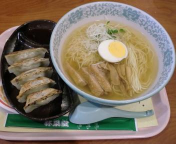 林泉堂 秋田比内地鶏ラーメン+餃子