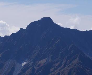 常念岳 山頂 前穂高岳
