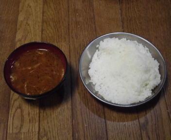登山食試食 サタケ白米+アマノフーズ薫るチキンカレー