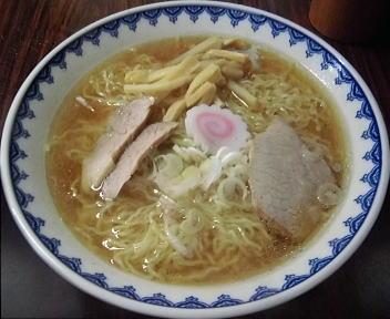 三吉屋信濃町店 ラーメン(大盛)
