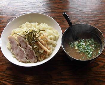 大輝 つけ麺(平麺・大盛り)