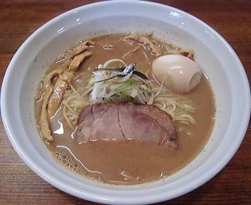 じるば 中華そば(焼き煮干し醤油味)細ストレート麺