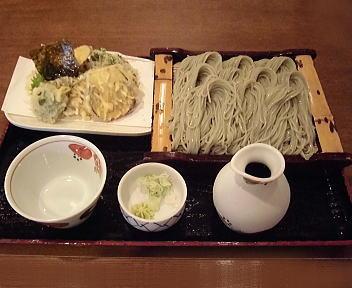 角屋 へぎそば10個盛り+野菜天ぷら