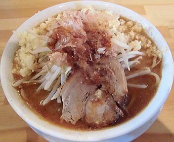 麺マッチョ 味噌ラーメン(にんにくバカ増し)