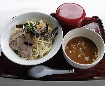 神楽屋 濃厚魚介極太つけ麺(2玉)