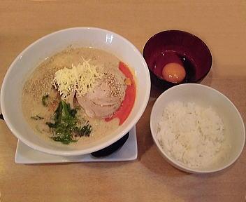 笑美寿亭 カスタマイズ担々麺(豆乳+チーズ)とTKG(玉子かけご飯)