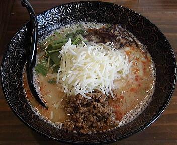 茉莉蔵 チーズ担々麺