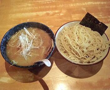 大勝軒新潟 特製味噌つけ麺(中盛)