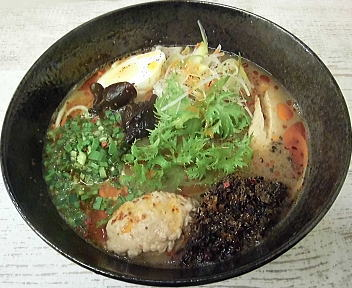 漢×2 鶏白湯担々麺