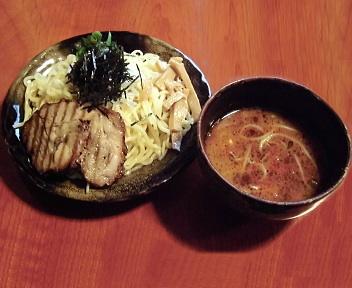 SAKURA 辛味つけ麺