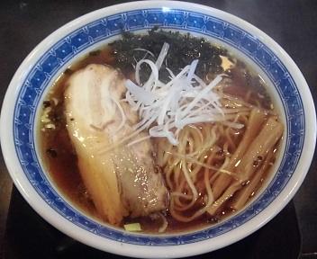 豊 醤油拉麺